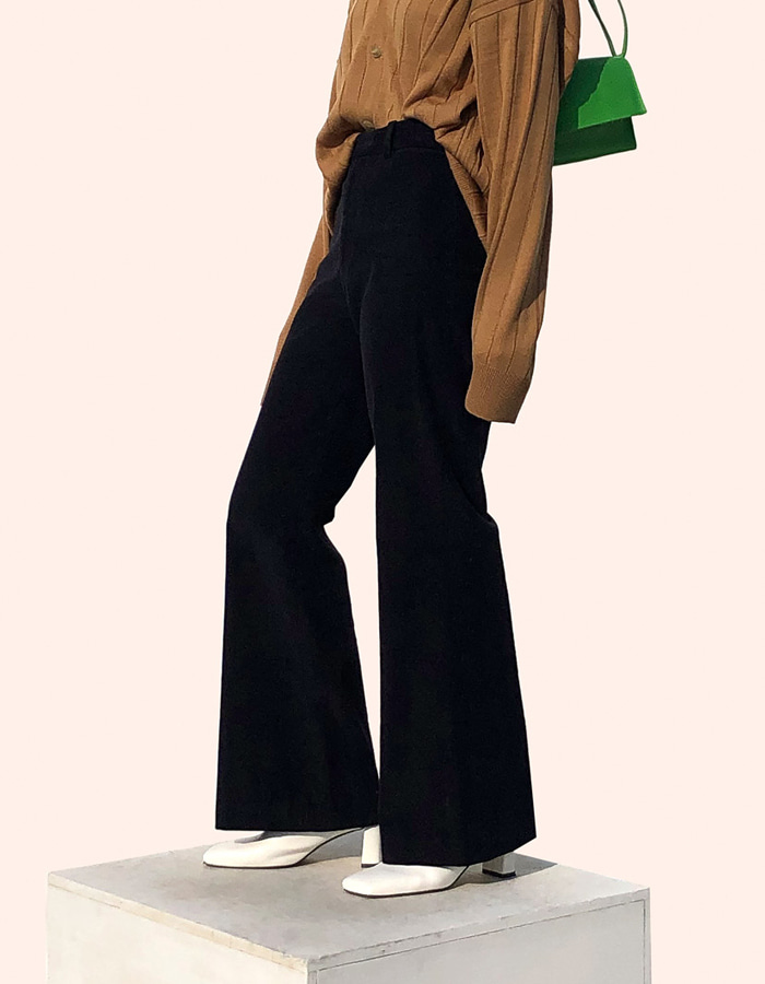 CORDUROY FLARE PANTS (2 COLOR)